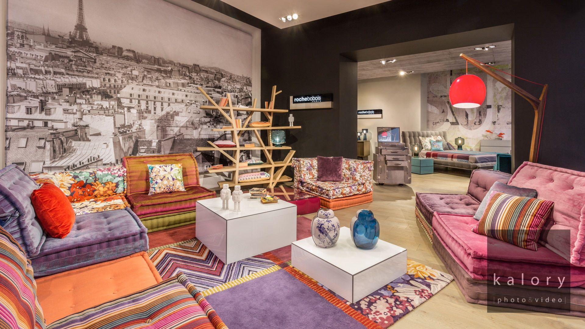 19 images of interiors and storefronts styled and photographed for furniture - Collection roche bobois 2015 ...