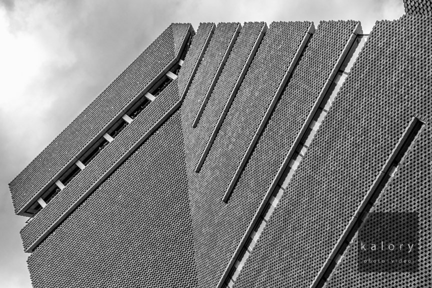 Tate modern black and white photography