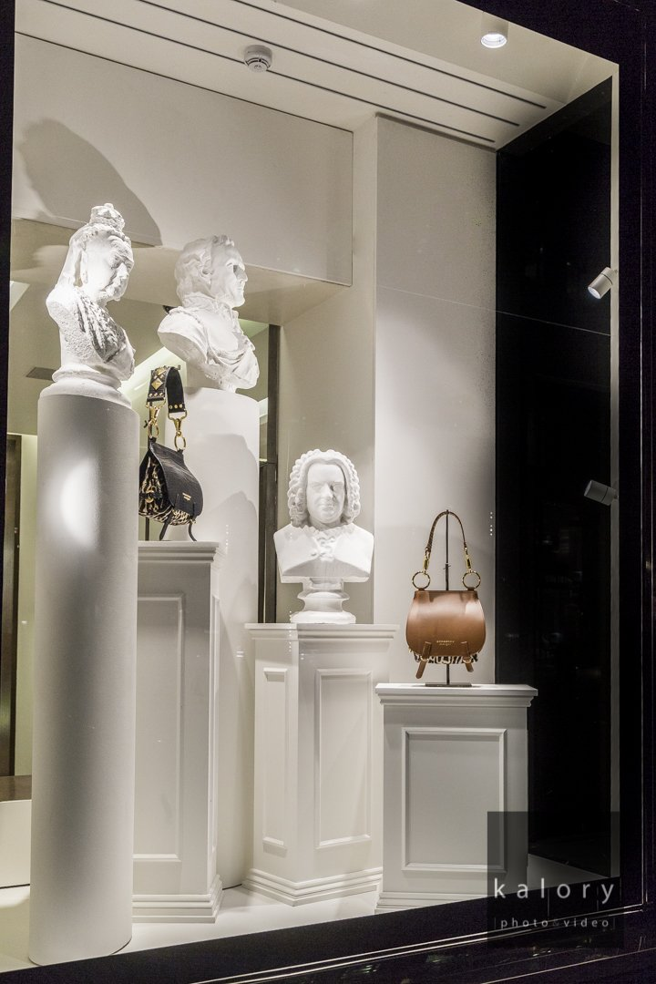 burberry-store-display-london