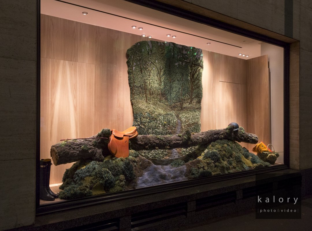 hermes-retail-display-photography