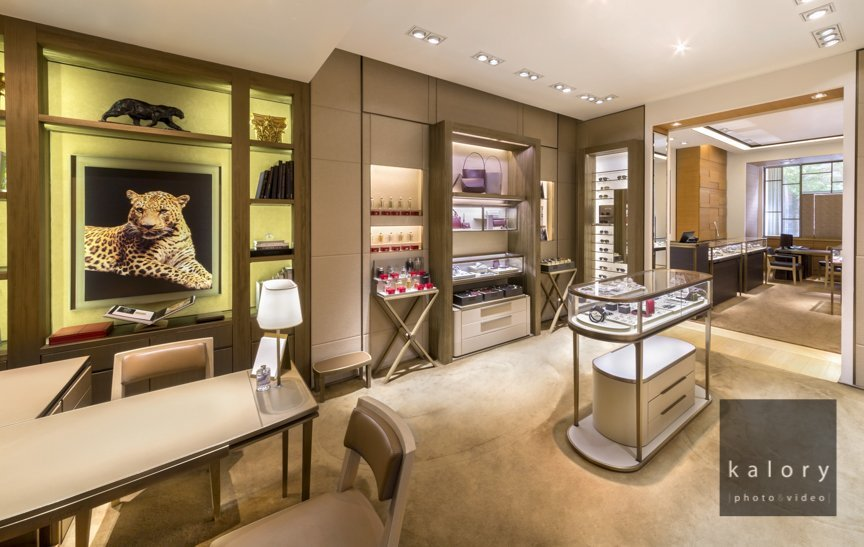Sloane street photography : interior and exterior of the Cartier boutique