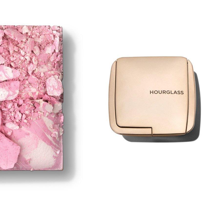 Cosmetic packshot
